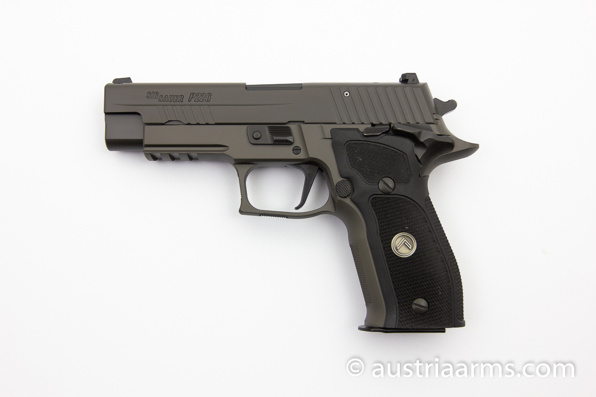 SIG Sauer P226 Legion, Single Action Abzug, 9 x 19 mm - Image 1