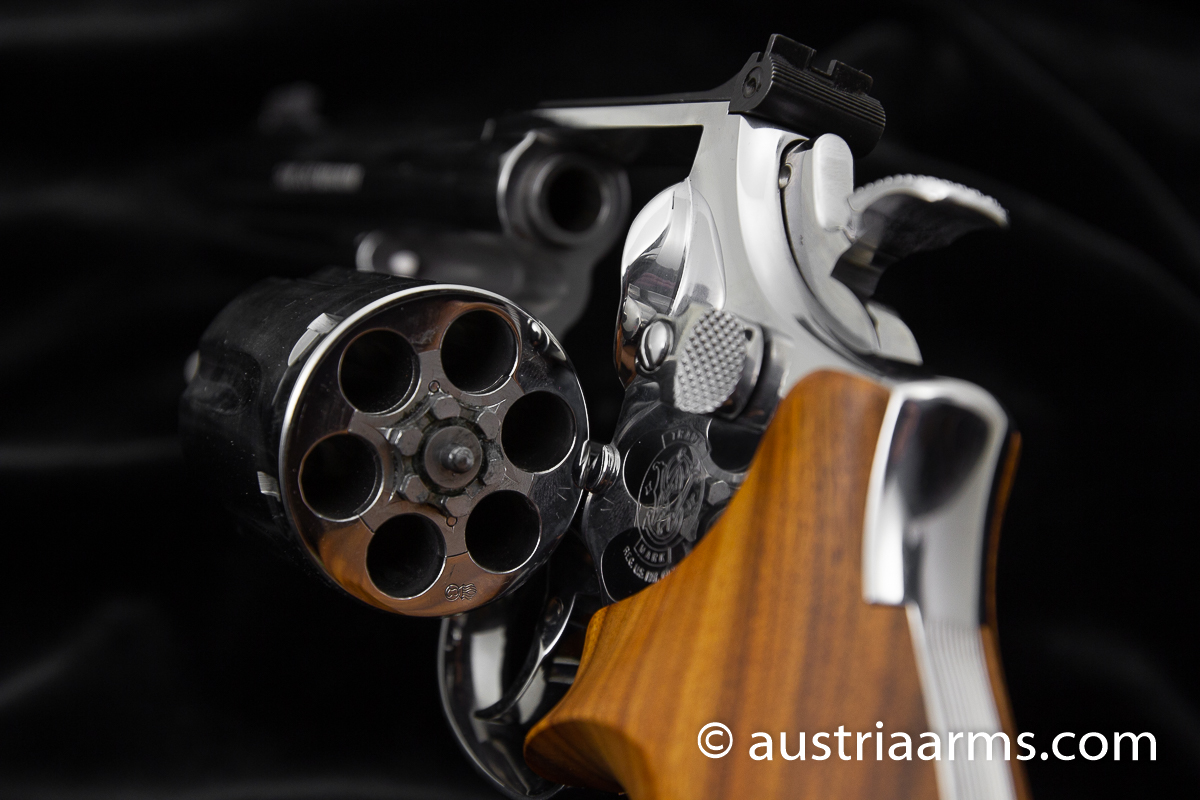 Smith & Wesson 686 Luxury